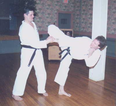 Mawashi-geri foot positioning